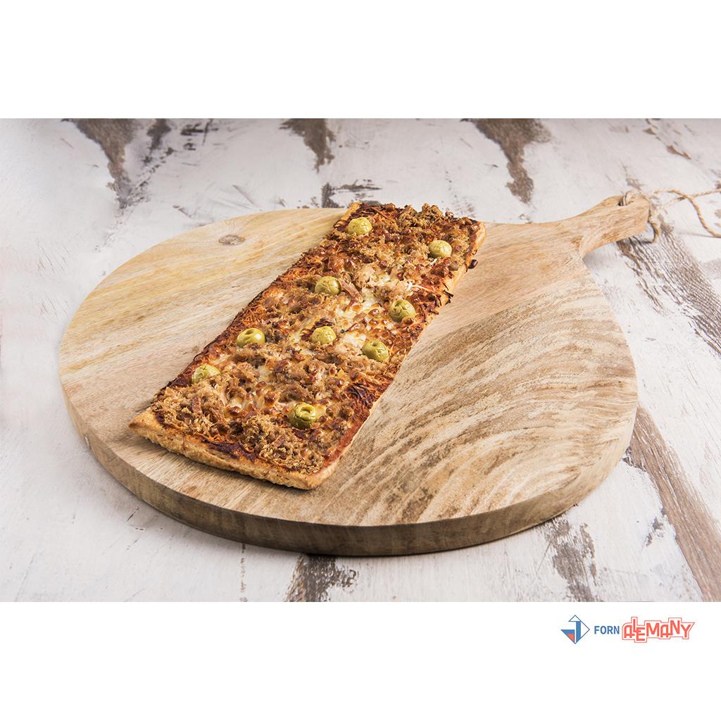 Pizza de tonyina amb olives